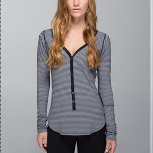 Lululemon Stripe Gray black Long sleeve shirt
